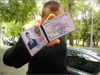 Мошенник выманил миллион рублей, обещая бизнесмену «помощь ФСБ»