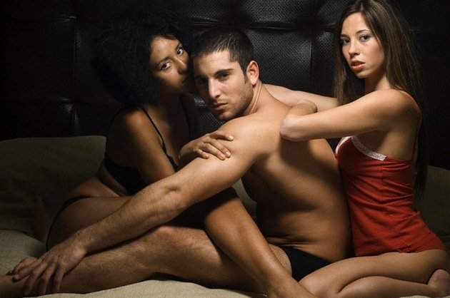 Муж жена и друг бисексуалы